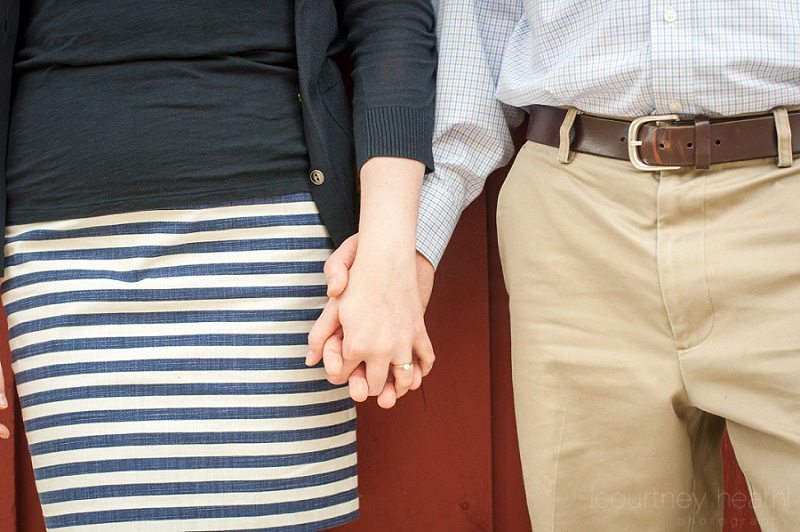 Engagement photo holding hands